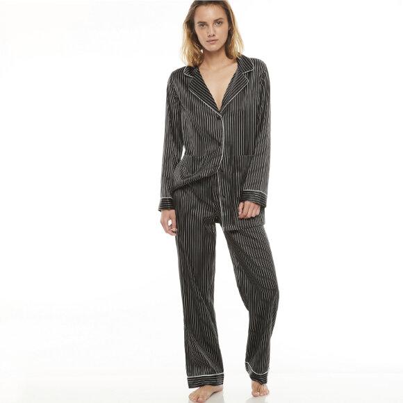 Chantal Thomass - Colombine silkepyjamas black