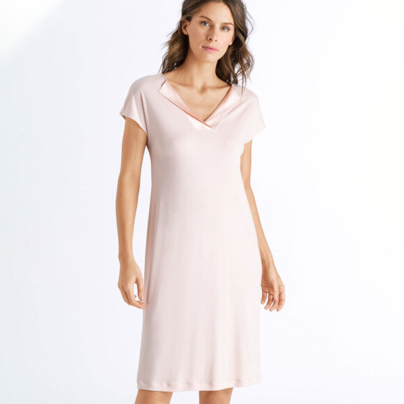 Hanro - Fenja kjole kort ærme 100 cm easy rose