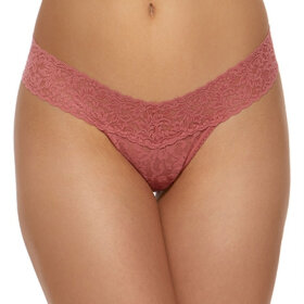 Hanky Panky - Signature Lace Low Rise thong pink sands