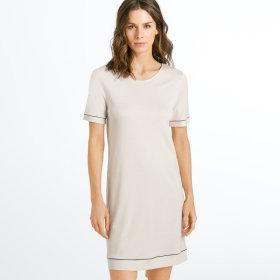 Hanro - Natural Comfort kjole 90 cm 1/4 ærme almond -